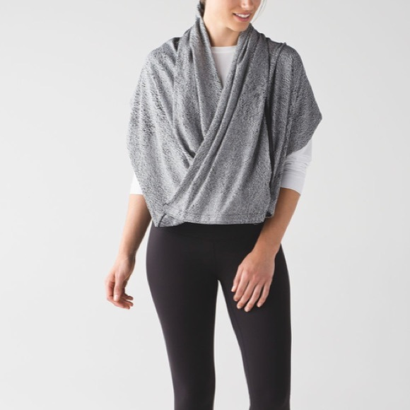 lululemon athletica Accessories - Lululemon | Jaquard Vinyasa Wrap